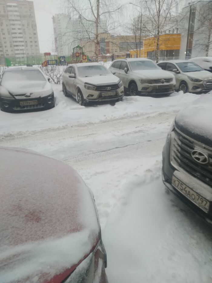 Дорога и парковки