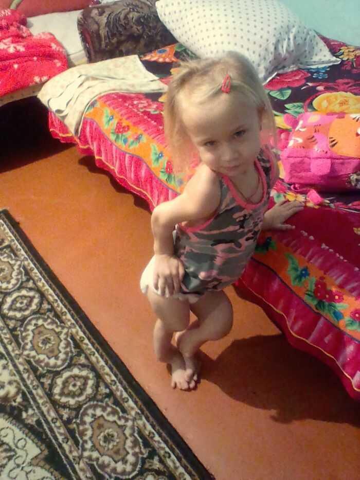 Фото моей младшей дочери она инвалид детства